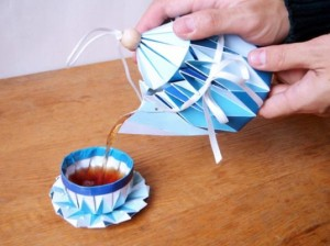 Yuya-Vs-Design-Folded-Paper-Tea-Set-1-537x402