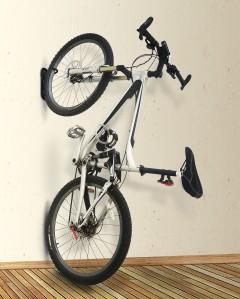 SUPORTE BIKE VERTICAL_Bike montada_alta